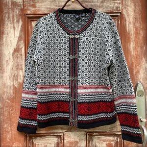 Skyr    Vintage Norwegian Red Black Wool Cardigan